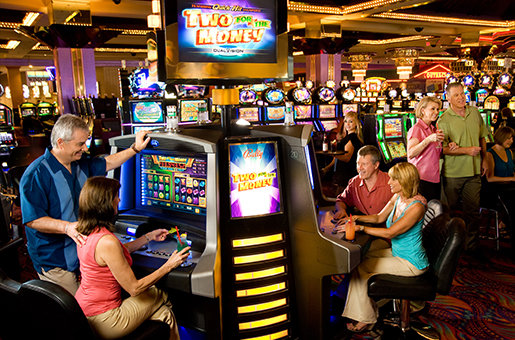 Gaming at Aquarius Hotel & Casino Resort
